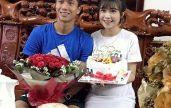 Cầu thủ Văn Đức khoe ảnh đón sinh nhật, dân mạng khen hết lời nhan sắc vợ bầu