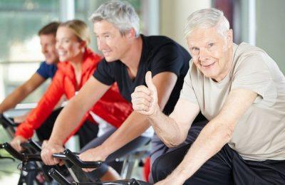 xe đạp trong nhà cho người già